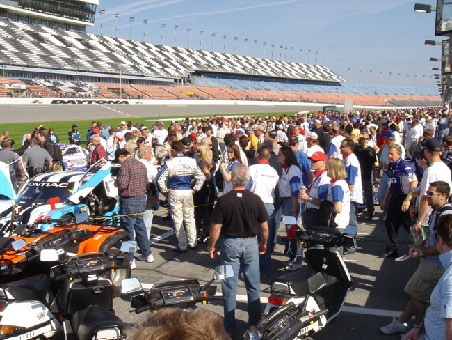 Crowd at Pregrid at Daytona 24